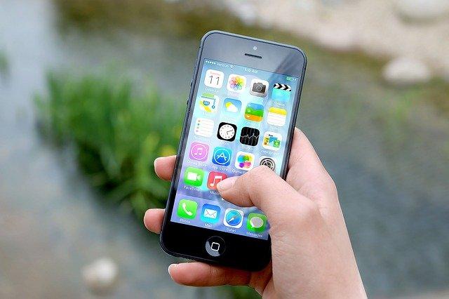 Chytré telefony předčí i notebooky